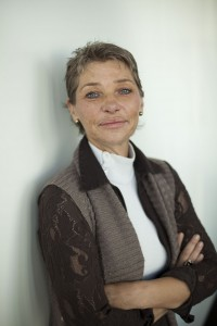 Mme Valérie STELANDRE